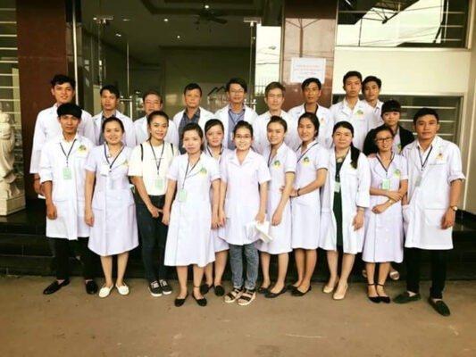 Cô gái Việt đỗ học bổng bác sĩ toàn phần ở Johns Hopkins Xu Hướng Đồng Phục - Hotline 0909124112 FB IMG 1506763797093