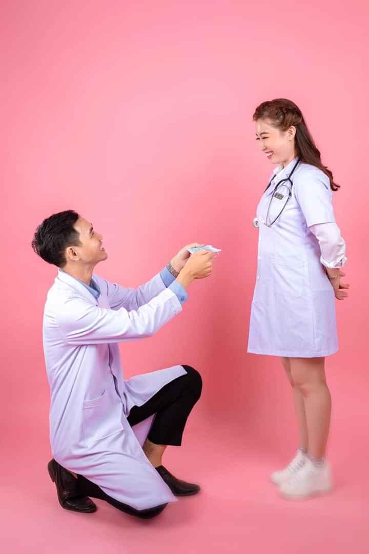 Tỏ tình cùng áo blouse trắng bác sĩ của xuhuongdongphuc.vn