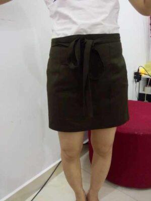 Tạp dề ngang 3 túi nâu Xu Hướng Đồng Phục - Hotline 0909124112