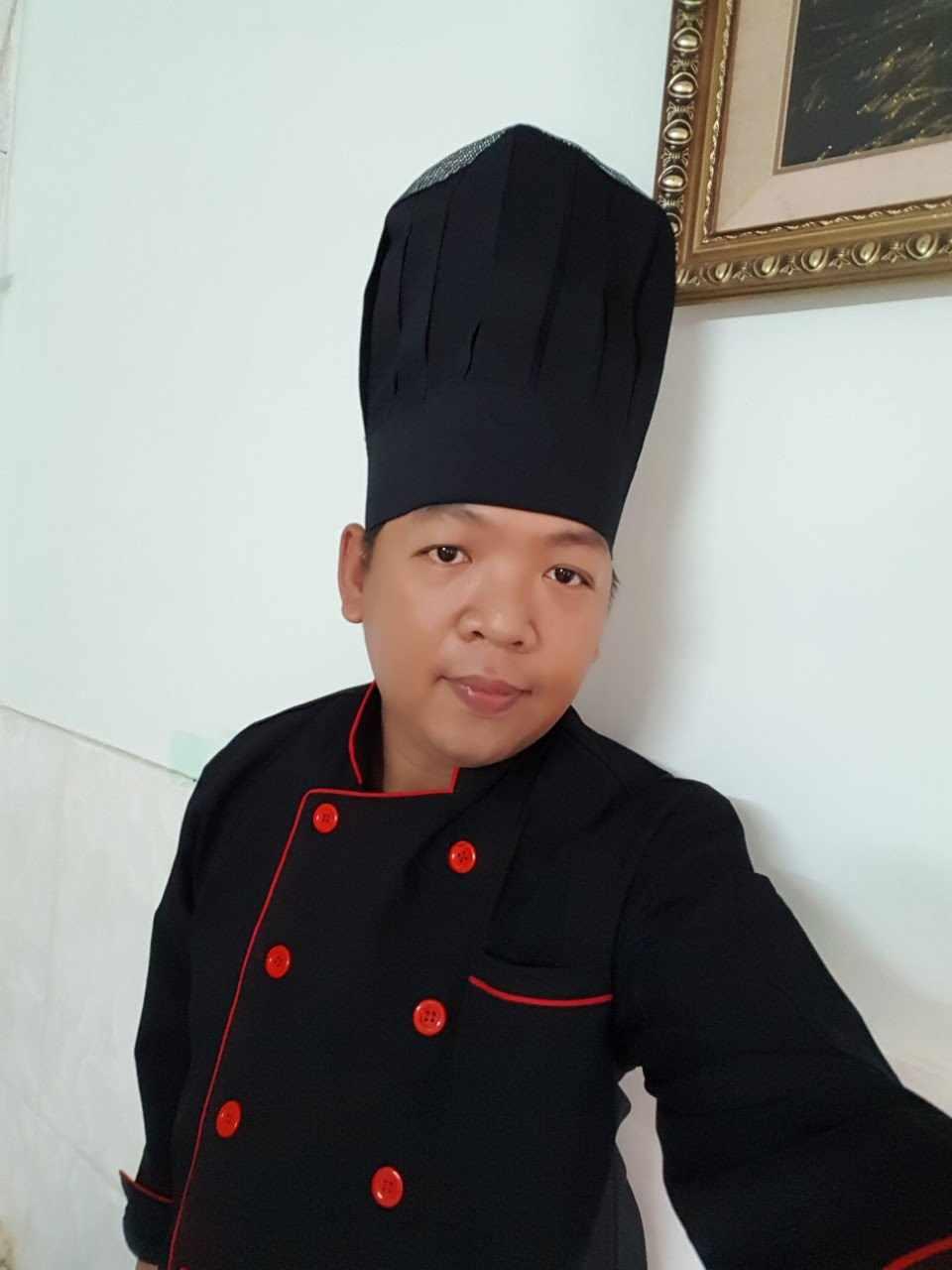 Nón bếp trưởng đen