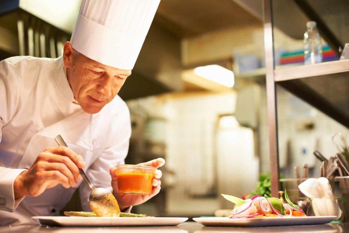 Lời Khuyên Để Thành Công Trong Nghề Đầu Bếp Xu Hướng Đồng Phục - Hotline 0909124112 Nghe Dau Bep Gian Truan Va Su Den Dap Xung Dang